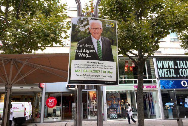 シュツットガルトの街中に貼られた野党「緑の党」のポスター