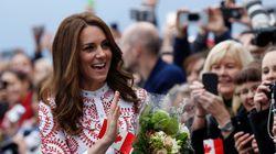 キャサリン妃、カナダ訪問のファッションが素敵