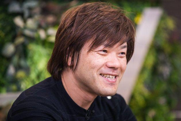 ハフポストとdTVチャンネルのネット番組「ハフトーク」に出演した小説家の平野啓一郎さん