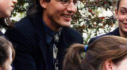 トルドー首相、教師時代はハリーポッターに似ていた?