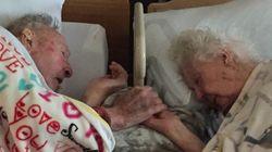 97歳の妻、100歳の夫に手を握られながら天国へ旅立つ(画像)