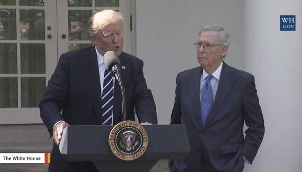 トランプ大統領が付けたジョージ・H・W・ブッシュ氏の呼び名にネット界が騒然