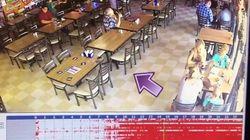 レストランの防犯カメラが捉えた、イスがひとりでに動く瞬間【映像】