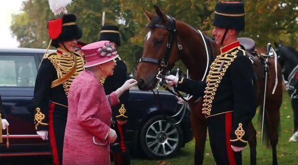 エリザベス女王、競馬のオーナーとしての賞金総額がスゴいと話題に