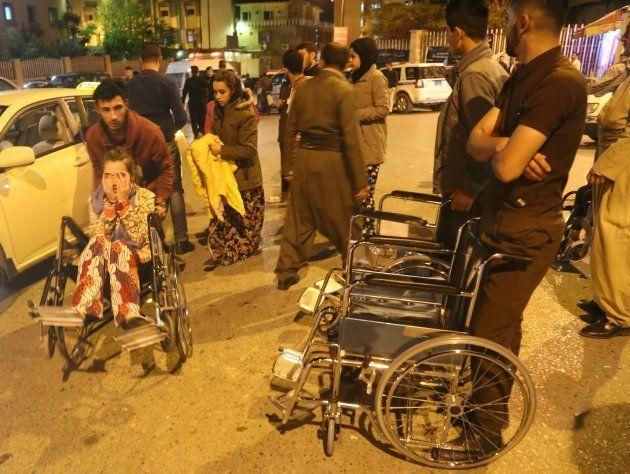 イラン・イラク国境でM7.3の地震、140人以上が死亡