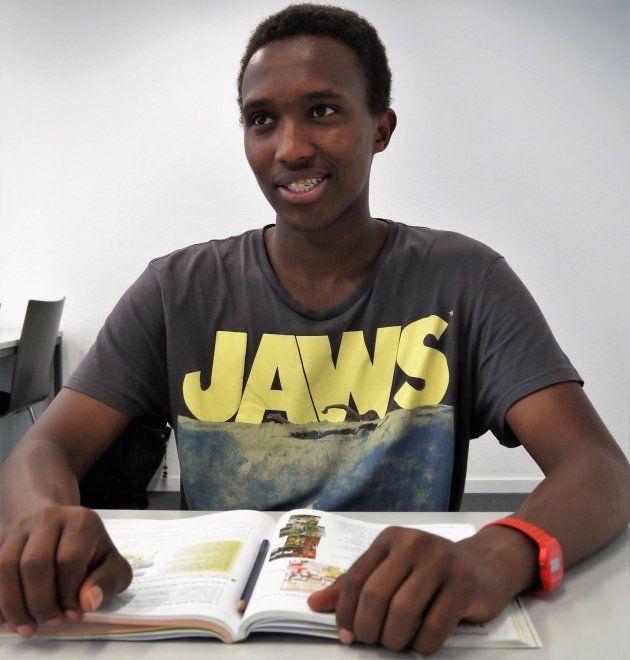 「爆発がないのがいい」ソマリアからドイツに逃れた青年は、語学の習得で生きる道を見出す