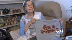 104歳の女性、長寿の秘訣はドクターペッパー「忠告した医師はみんな先に亡くなった」