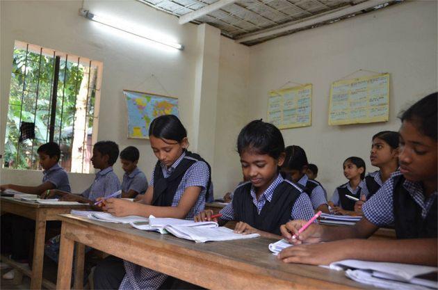 開校初日、生徒が来ない!バングラデシュならではの背景とは…