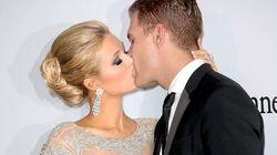 パリス・ヒルトン婚約発表、ゲレンデでロマンティックなプロポーズ(画像)
