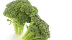 【茎まで甘い】ブロッコリーは丸ごと「天ぷら」にするのが、おいしい新ルール