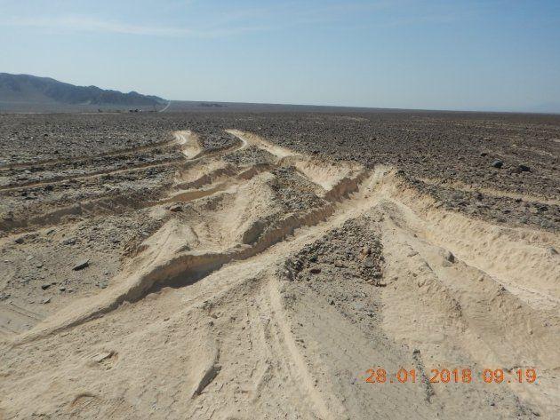 「ナスカの地上絵」がまた破損 トラック運転手が進入、100メートルの深いタイヤ跡