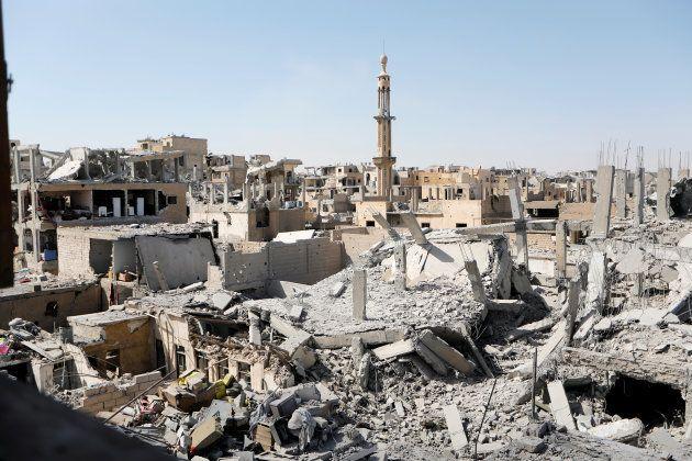 ISが首都と宣言していたラッカ。戦闘により、廃墟となった=2017年8月