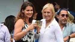 ナブラチロワさん、交際女性に公開プロポーズ 錦織の試合の後で