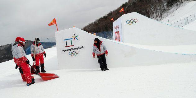 スノボ女子スロープスタイル、全員が決勝進出「一発勝負」に 強風で予選中止(平昌オリンピック)
