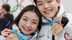 「違いは強みになる」アイスダンスの日系兄妹ペア、オリンピックで家族への思いを語る