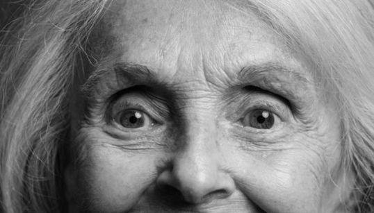 美しく年齢を重ねる女性たちは「しわ」を隠そうとはしない(画像集)