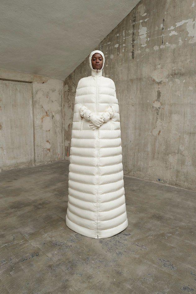 モンクレールが、韓国の流行アイテムを手がけたら…防寒バッチリすぎた。