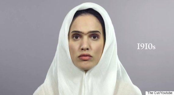 イランの女性ファッションとメイクは、この100年でこんなに変わった(画像)