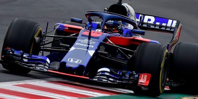 ハートレーがドライブし、合同テスト初日に周回を重ねるトロロッソ・ホンダの新車(スペイン・モントメロのカタルーニャ・サーキット) 2018年2月撮影