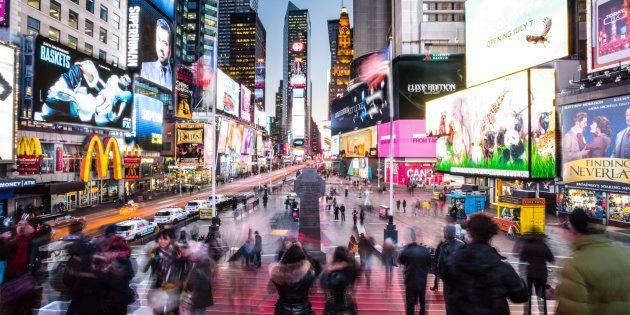 ニューヨーク市のタイムズスクエア