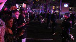 黒人男性射殺への抗議デモ、現場にいたパトカーがひき逃げ(動画)