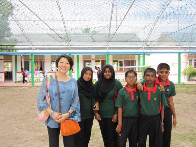 自主性と独創性にあふれたマーメンドゥー島の生徒たちと