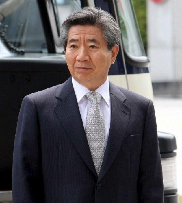 不正資金疑惑の事情聴取を受けるため、ソウルの最高検に到着した盧武鉉前韓国大統領(2009年 ソウル)