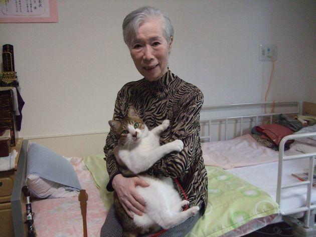 ペットと入居できる、特別養護老人ホーム「飼い主が亡くなっても一生面倒をみます」