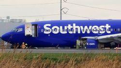 フライト中に飛行機のエンジンが爆発か、窓が破損して吸い出されそうになった乗客が死亡