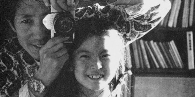 娘が生まれてから嫁ぐまでの25年を、パパはカメラに収め続けた。【画像】