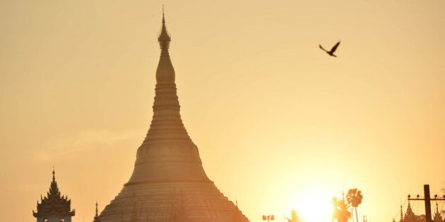ミャンマー、軍政から民主化への変化を見続けた20年 フォトジャーナリスト宇田有三さんが入門書