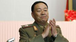 北朝鮮の軍ナンバー2、公開処刑か 居眠りの場面?新聞に掲載(画像)