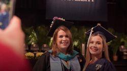 母38歳。娘22歳。2人は同じ日に、同じ大学を卒業した。