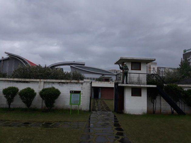 1980年5・18民主化運動の時の関係者らを監禁し、拷問した尚武台営倉は、以前の姿どおりに再現されている。