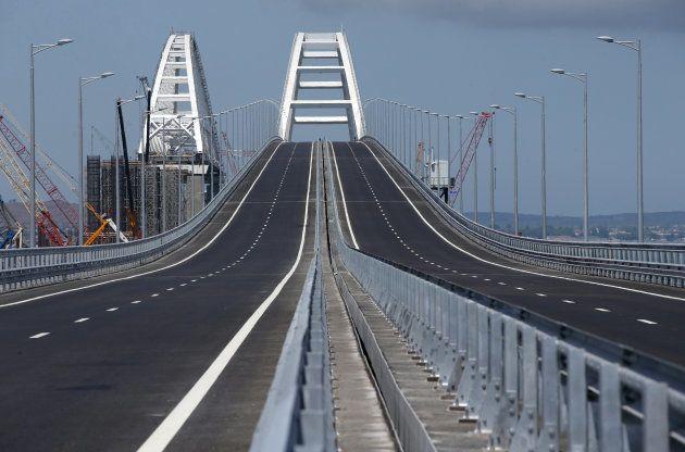 完成したクリミア橋