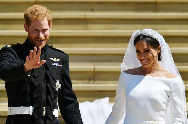 結婚式を挙げたヘンリー王子(左)と、メーガン・マークル