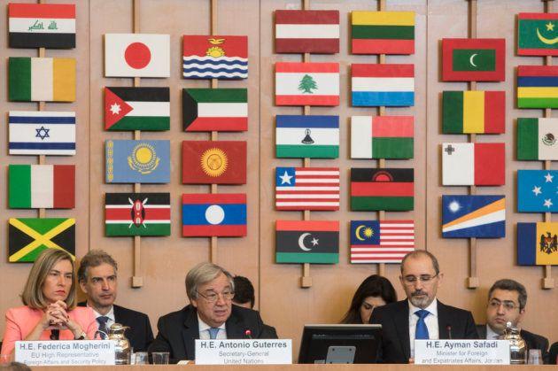 ローマで開催されたUNRWA主要拠出国会議において、財政難にあえぐUNRWAへの緊急的な追加支援を求めるグテーレス国連事務総長