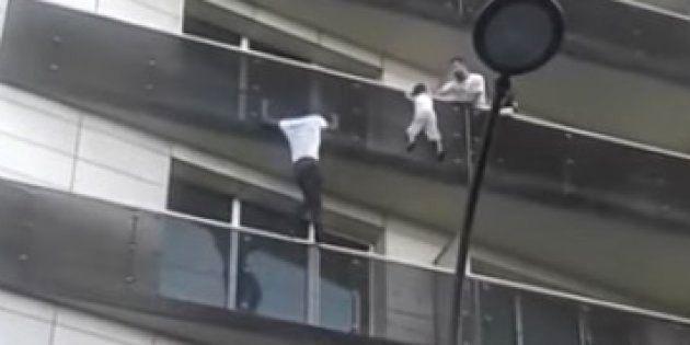 パリの「スパイダーマン」が救助した少年の父、ポケモンGOで帰宅が遅れていた