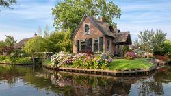 おとぎ話に出てきそうな、運河の町・ギートホールンを訪れる(画像集)