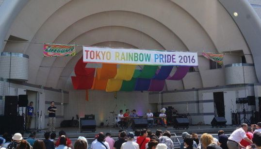 東京レインボープライド2016、大盛況のフェスタ初日に行ってみた(画像集)