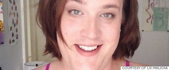 トランスジェンダーは、3年間自撮りし続けた「僕は、こうして男になった」(動画)