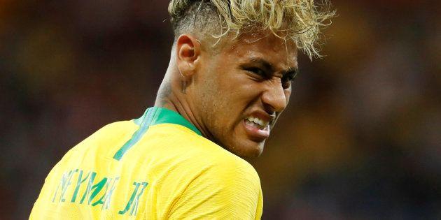スイスと対戦したブラジルのネイマール=6月17日、ロシア・ロストフナダヌー