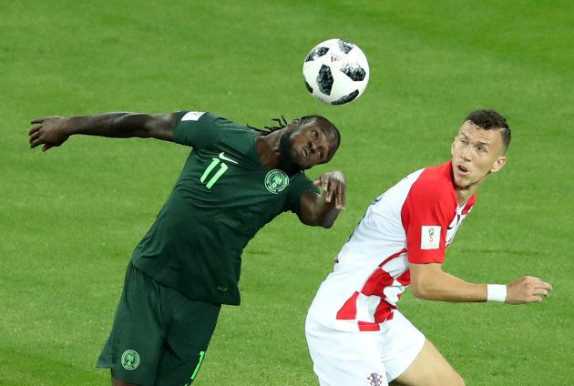 クロアチアと対戦したナイジェリアのモーゼス(左)=6月16日、ロシア・カリーニングラード