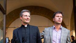 バチカン高官、同性愛を告白「家庭を必要とする愛だ」
