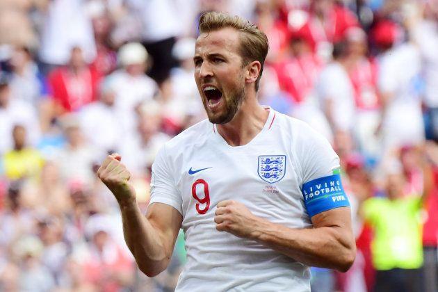 パナマ戦でゴールを奪い、喜ぶイングランドのケイン=6月24日、ロシア・ニジニーノブゴロド