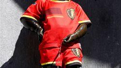 小便小僧も「赤い悪魔」だぜ。ベルギー代表ユニフォームでブラジル戦に臨む(ワールドカップ)