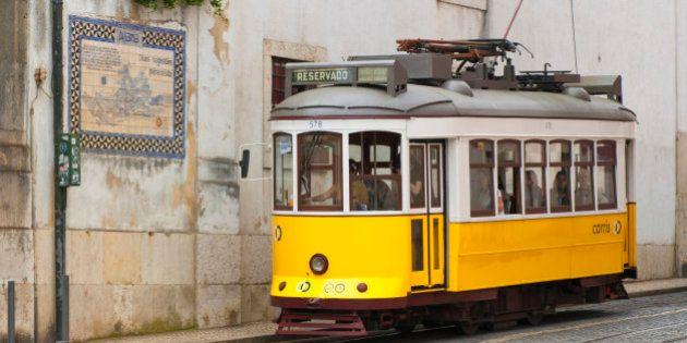 都市を魅せる-銀座に路面電車が走ったら