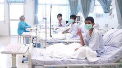 タイの洞窟から救出されたコーチと少年3人は無国籍だった。