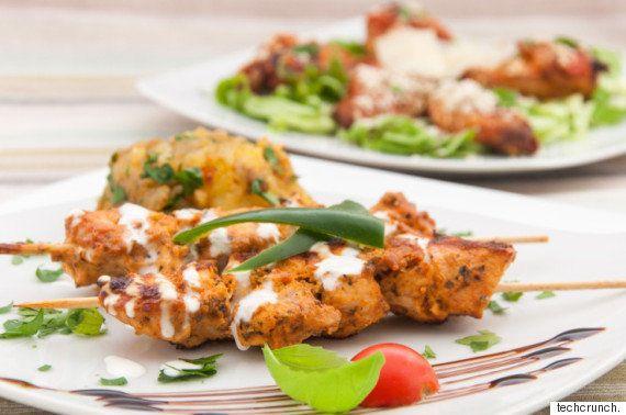 Google、レストランの検索結果ページから関連する食料品デリバリーの申し込みを可能に
