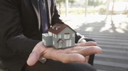 アベノミクスで固定型住宅ローン契約が急増